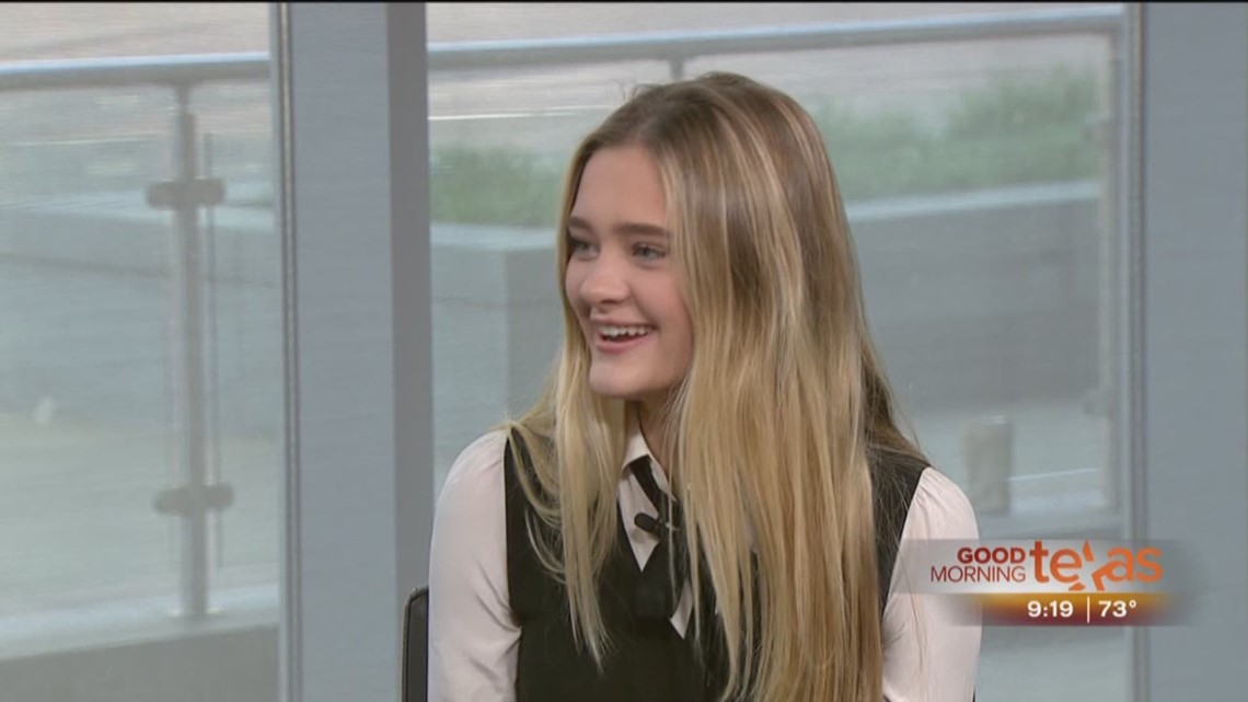 Dallas Actreess Lizzy Greene On Abc S Quot A Million Little