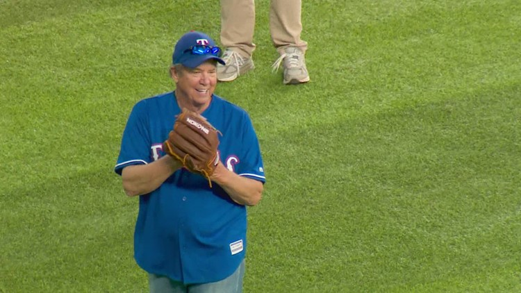 74-year-old Texan who found friends to play catch with on Nextdoor app gets to play at Globe Life Park