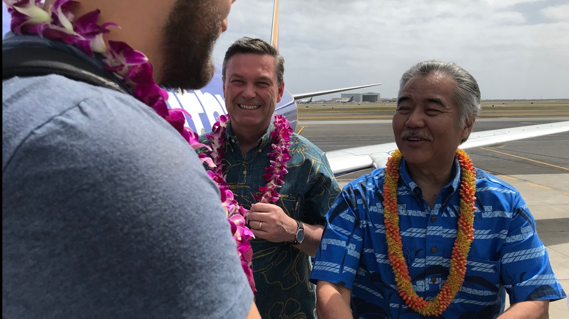 Southwest says 'Aloha' as inaugural flight lands in Honolulu