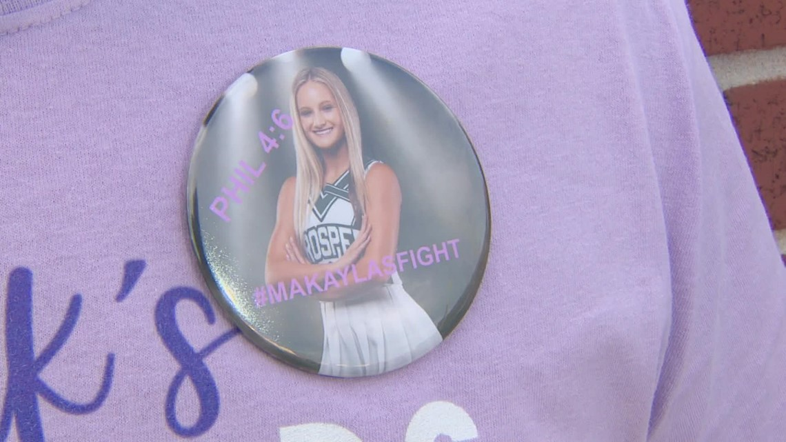 At football game, Prosper HS gives tribute to cheerleader who suffered spinal injury this week