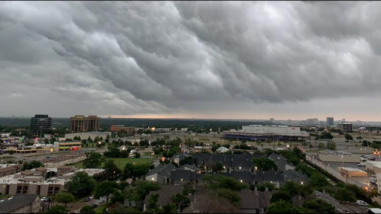 D-FW storms cause flooding, power outages and flight delays