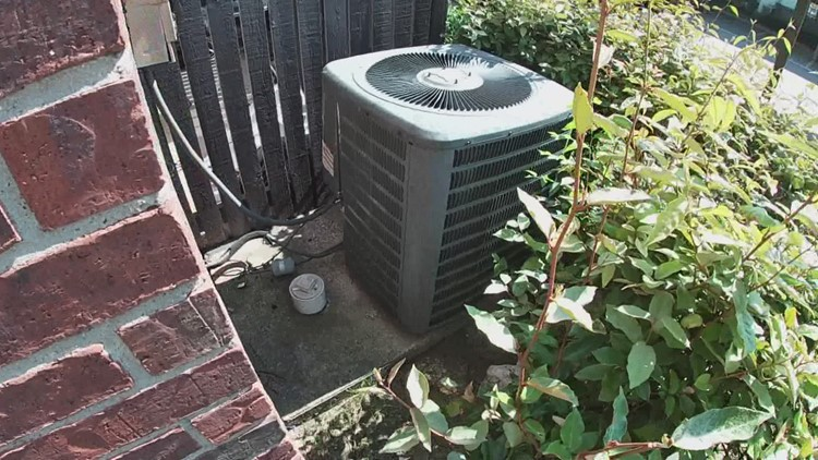 Some residents at Lancaster apartment complex have been without central A/C for four weeks as temps climb