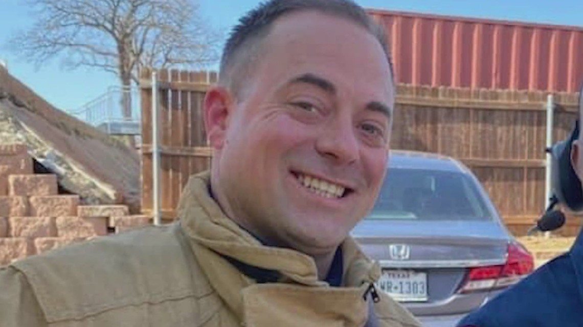 'He was the life of the party': Funeral services held for Arlington firefighter who died in Mexico