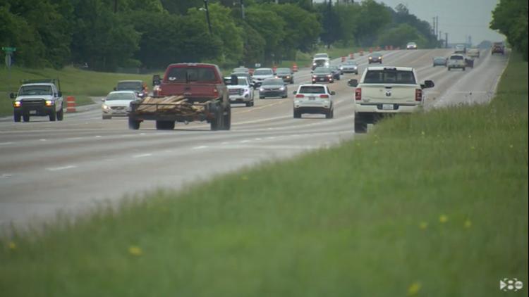 1 dead, 1 injured in U.S. 380 crash in Denton, officials say