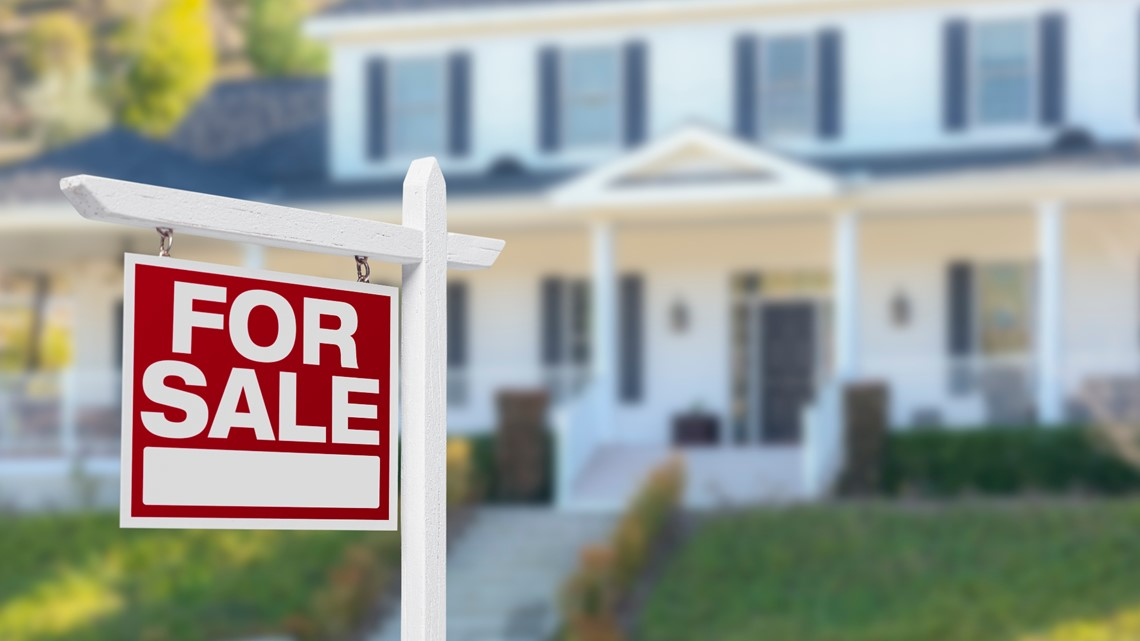 Economist: Expect continued slowdown of housing market in North Texas