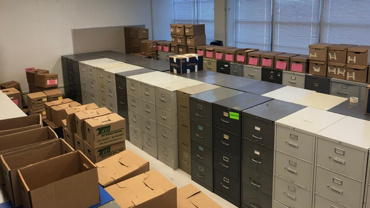 Disd records move out students move in