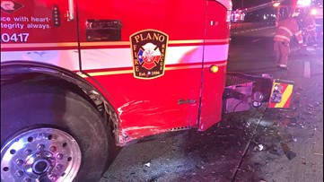 Plano fire truck hit while working crash on Hwy 75, 2 injured, authorities say
