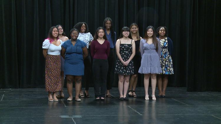 Girl power: Ladies lead the way at 2 Cedar Hill high schools