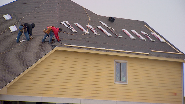 Roofing materials in short supply, high cost as Texas begins severe storm season
