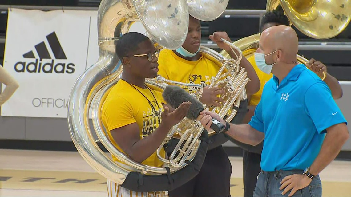 South Oak Cliff High School starts the new school year off with a performance for the Daybreak team