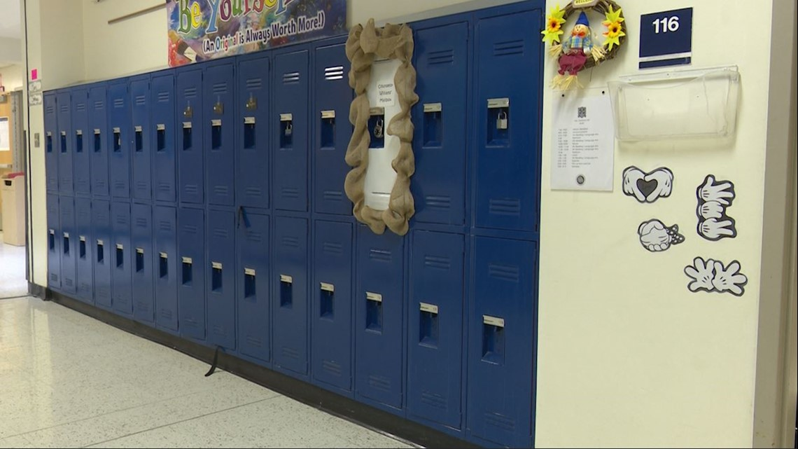 North Texas counselor creates 'emotional locker' for students