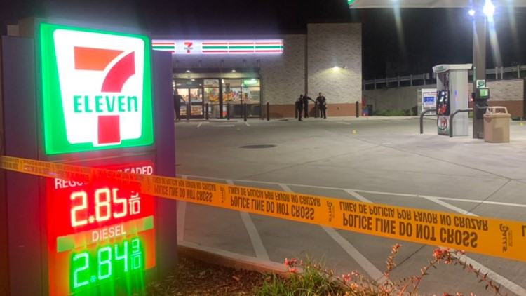 Police: Dallas 7-Eleven clerk arrested after fatally shooting man accused of stealing beer
