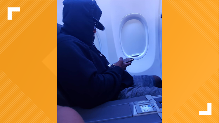 Ezekiel Elliott on a flight returning to Texas.