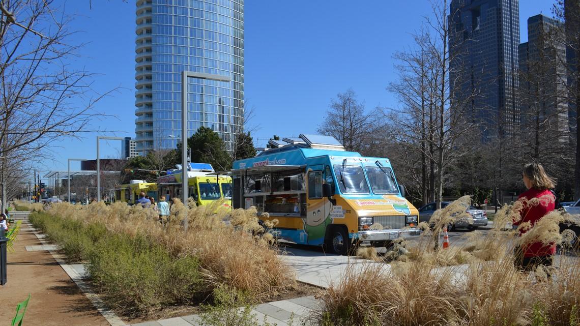 Klyde Warren Park Will Reopen Food Trucks Progressively