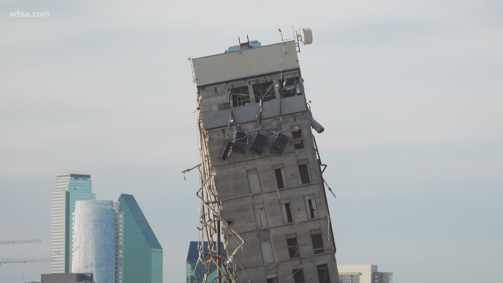 Remember The Leaning Tower Of Dallas The Site It Once Stood On Is Going To Be A Drive In Movie Theater Wfaa Com