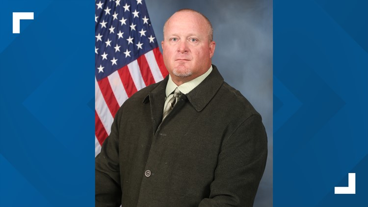 Denton police detective dies after 'hard-fought battle' with COVID-19, officials say