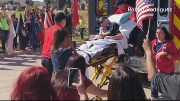 Community turns out to welcome home Vietnam veteran on hospice