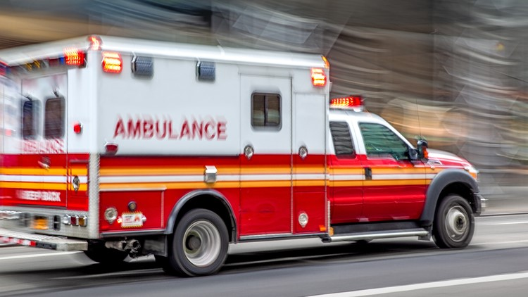 1 killed, 2 injured in crash Thursday night on Spur 408