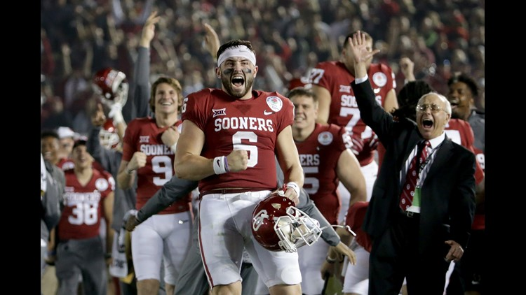 1986eecfd Baker Mayfield  6 of the Oklahoma Sooners celebrates after Steven Parker   10 of the