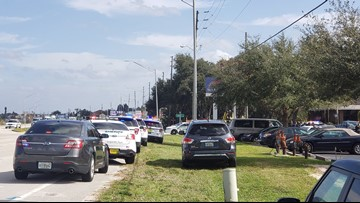 At least 5 people killed in shooting at Florida bank